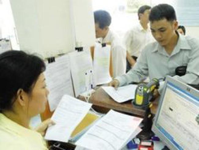 Thuế TNCN: Tranh cãi con số, đẩy khó cho dân