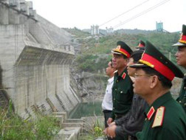 Xây dựng xong phương án sơ tán dân khỏi Sông Tranh 2
