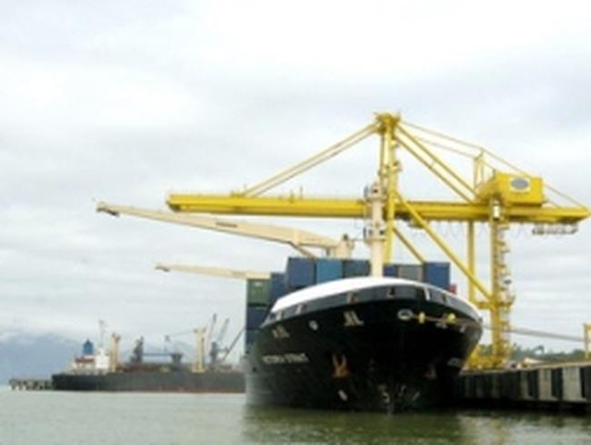 Đầu tư cảng Đà Nẵng thành cảng container hiện đại