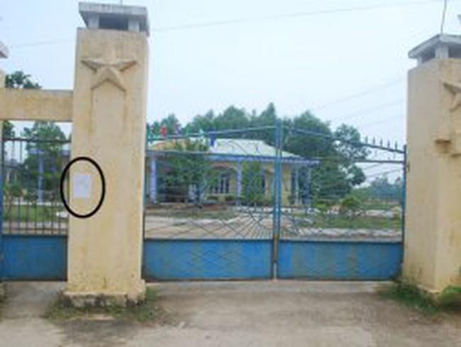 Ủy ban xã đóng cửa 3 ngày không tiếp dân