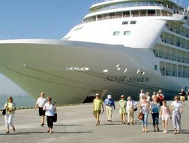Đà Nẵng bàn kế thu hồi cảng từ Vinalines