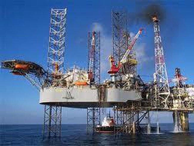 Kiến nghị Thủ tướng kiểm điểm Tập đoàn dầu khí Việt Nam