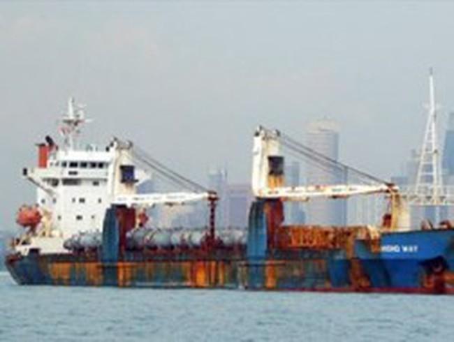 Phải tìm cách đưa tàu và thuyền viên Vinashinlines về nước