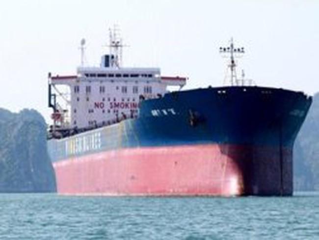 """Con tàu """"ma"""" của Vinashin trên biển Quảng Ninh"""