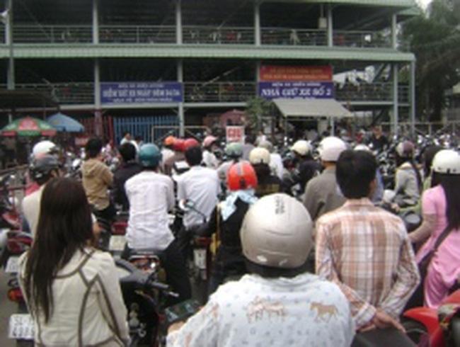 TPHCM: Kiến nghị miễn tiền thuê đất các bãi đậu xe