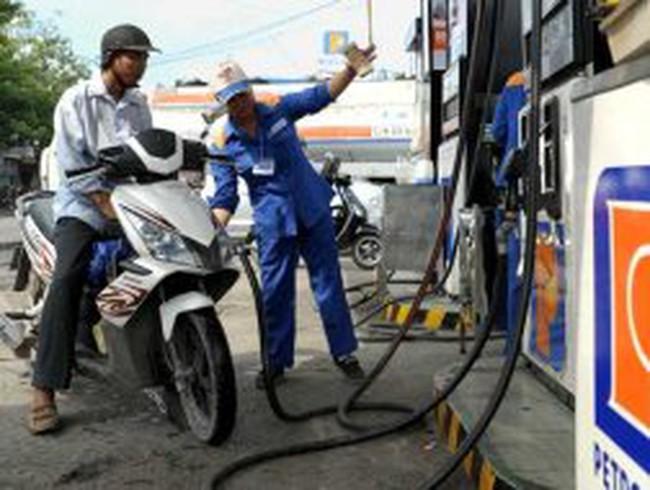 Petrolimex lỗ 2.604 tỉ đồng năm 2011
