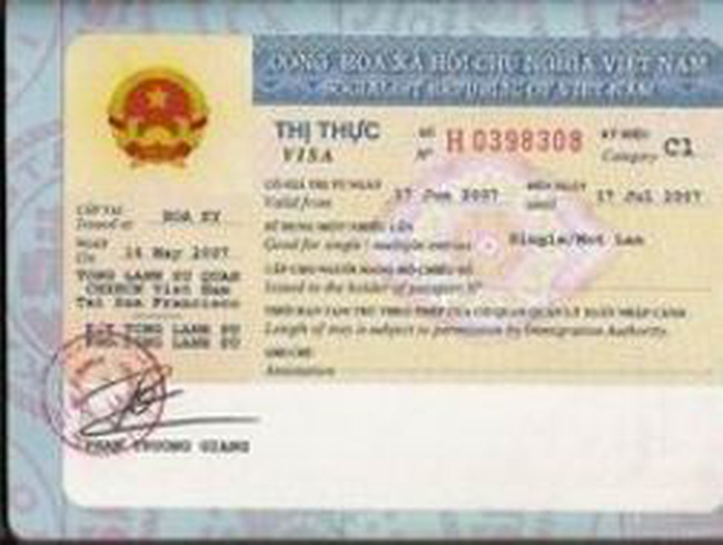 Từ 1/1/2013, tăng lệ phí cấp thị thực với người Việt Nam ở nước ngoài