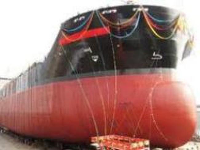 Bàn giao tàu 53.000 tấn cho đối tác Thái Lan