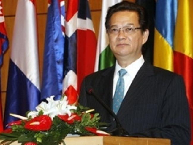 Thủ tướng lên đường dự Hội nghị Cấp cao ASEAN 21