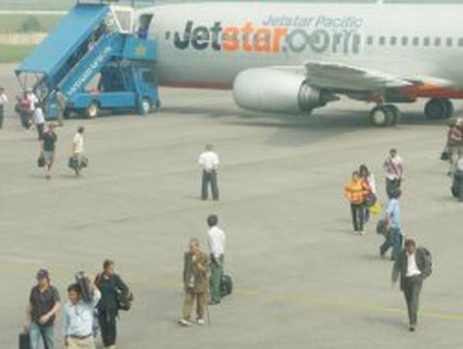 Siết nhượng quyền trong kinh doanh vận chuyển hàng không