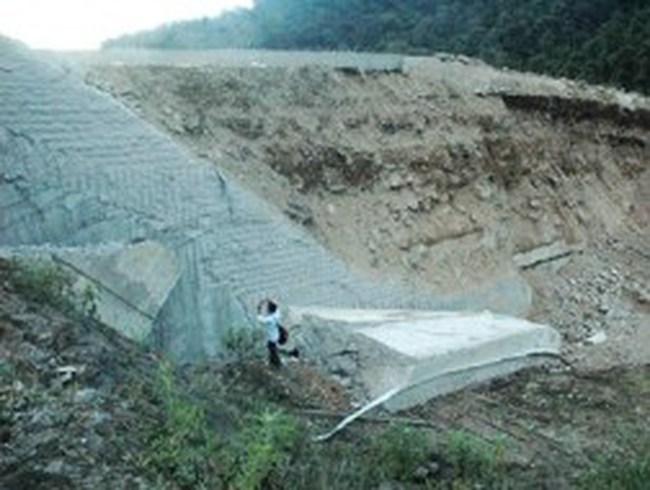 Thủy điện vừa và nhỏ ở Đắc Lắc: Nhiều thiếu sót trong an toàn hồ đập