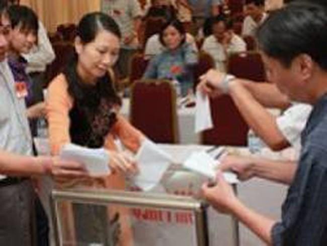 Tập trung chỉ đạo thực hiện lấy phiếu tín nhiệm