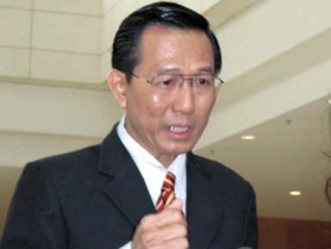 Ông Cao Minh Quang thôi chức thứ trưởng Bộ Y tế