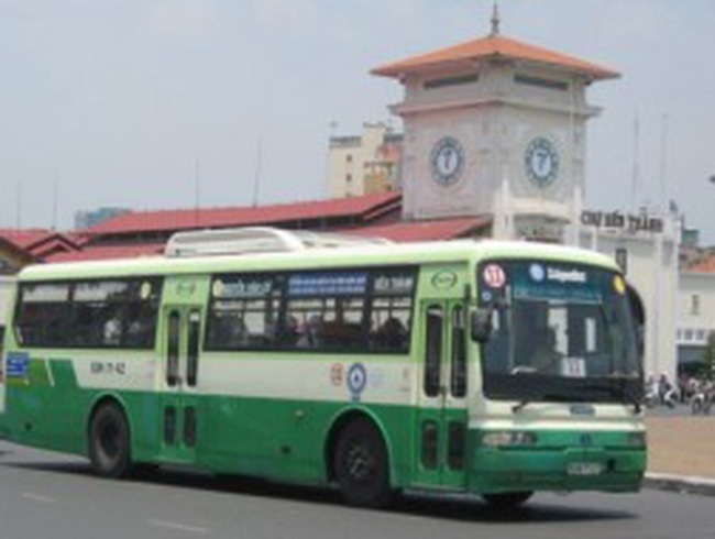 TPHCM: Đồng loạt tăng giá vé xe buýt từ ngày 1/1/2013