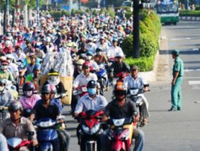 Bộ Tài chính yêu cầu sớm triển khai thu phí đường bộ