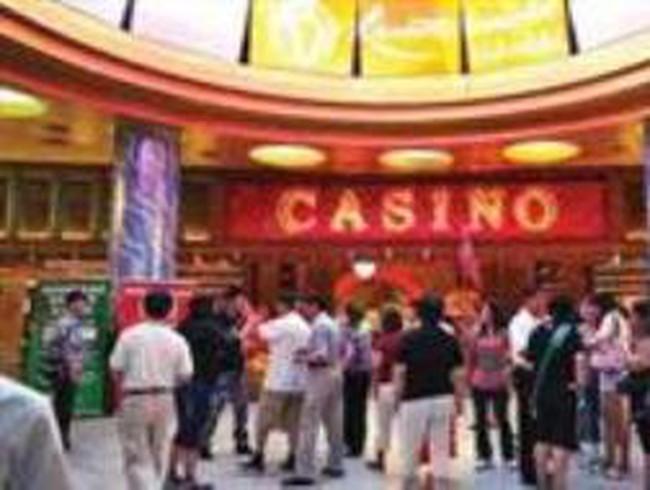 """Kinh doanh casino: Quản chặt nhưng không """"thắt"""""""