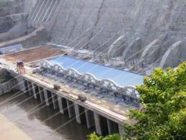 Toàn cảnh công trình thủy điện lớn nhất Đông Nam Á