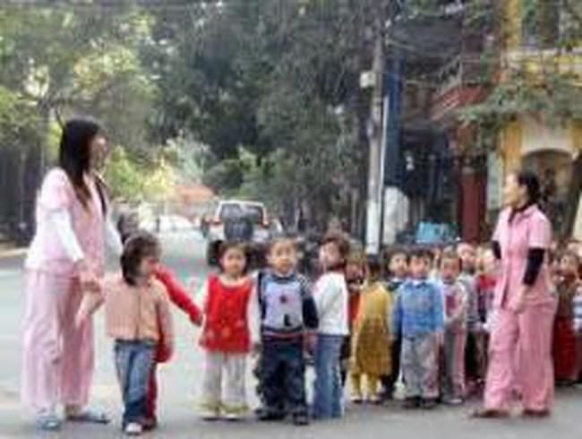 Dân số trung bình năm 2012 ước đạt 88,78 triệu người, tăng 1,06% so với 2011