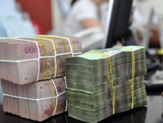 Thưởng Tết TP HCM thấp nhất 373.000 đồng