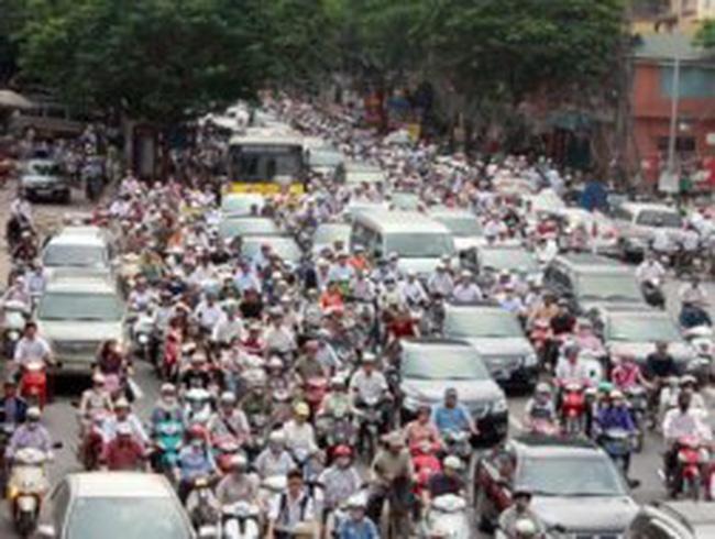 """Gần 40 triệu phương tiện trước giờ """"đối mặt"""" phí bảo trì đường bộ"""