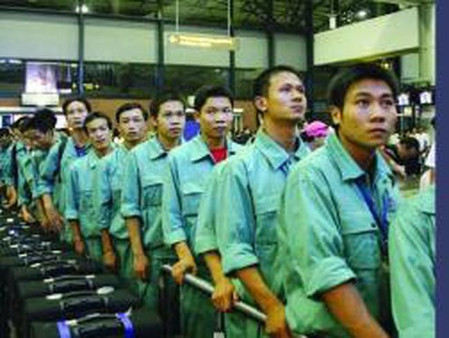 Xuất khẩu lao động không cán đích, đối mặt với cạnh tranh khốc liệt