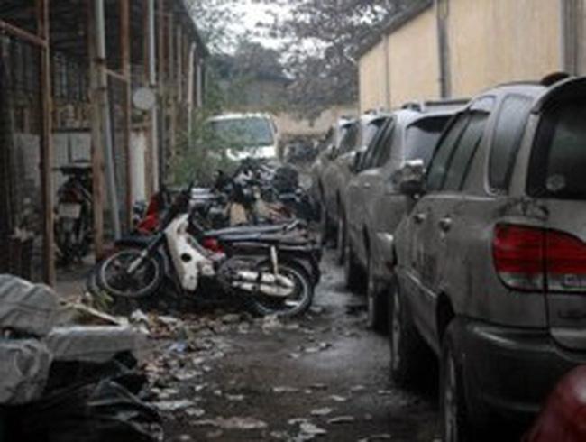 Hàng vạn ôtô, xe máy sắp thành sắt vụn