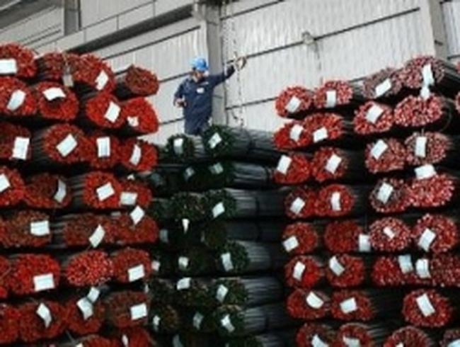 """Thị trường thép """"ấm lên"""", tăng trưởng 3% vào 2013"""
