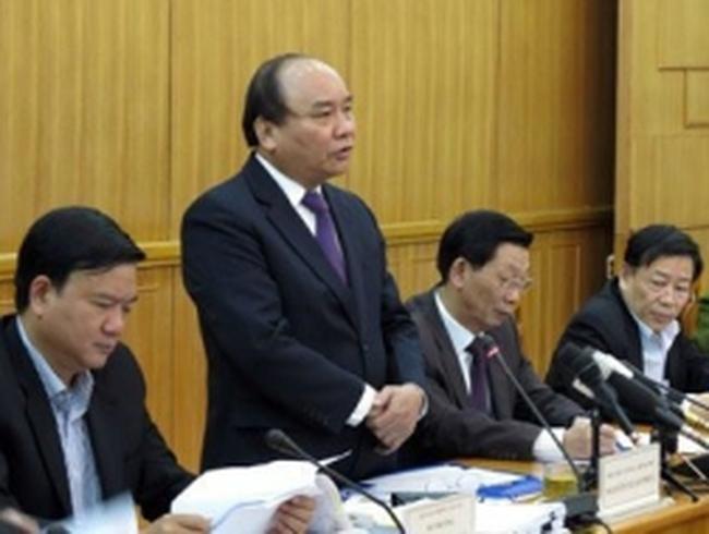 Phó Thủ tướng đề nghị 2 GĐ Sở đi 'xe dù'
