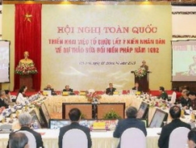 Triển khai lấy ý kiến về Dự thảo sửa đổi Hiến pháp