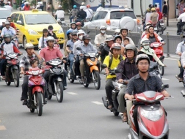 Phí xe máy, mỗi nơi một mức