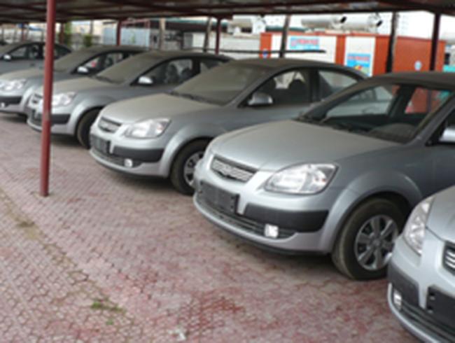 Ngày đầu tiên giảm phí trước bạ ôtô: Giao dịch tăng đột biến