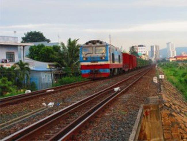 Tiền đâu nâng cấp đường sắt?
