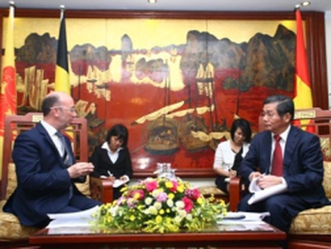 Vùng Wallonie sẽ viện trợ không hoàn lại cho Việt Nam 4,5 triệu EURO