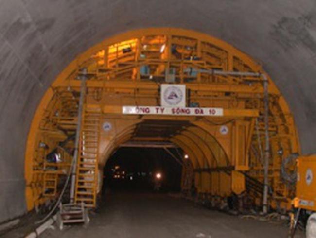 SDT đặt kế hoạch đạt trên 80 tỷ đồng LNTT năm 2013