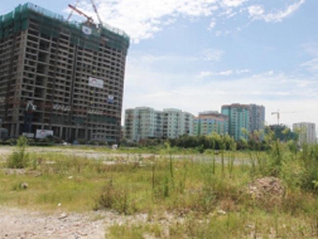 Kinh doanh nhà đất đóng băng, dự án đô thị bỏ không