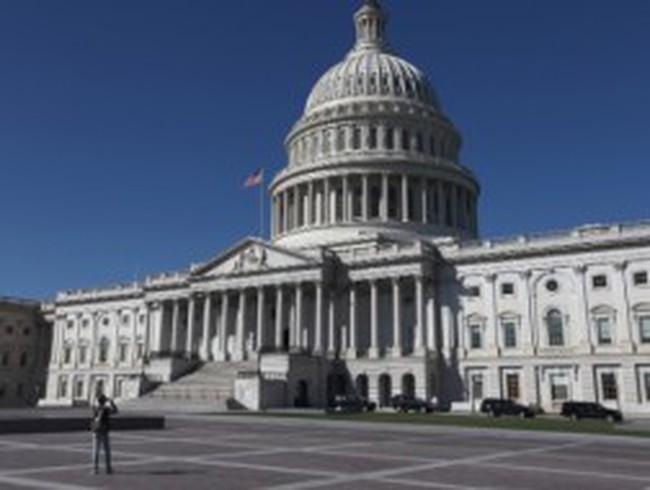 Chính phủ Mỹ đóng cửa, chứng khoán ... tăng điểm