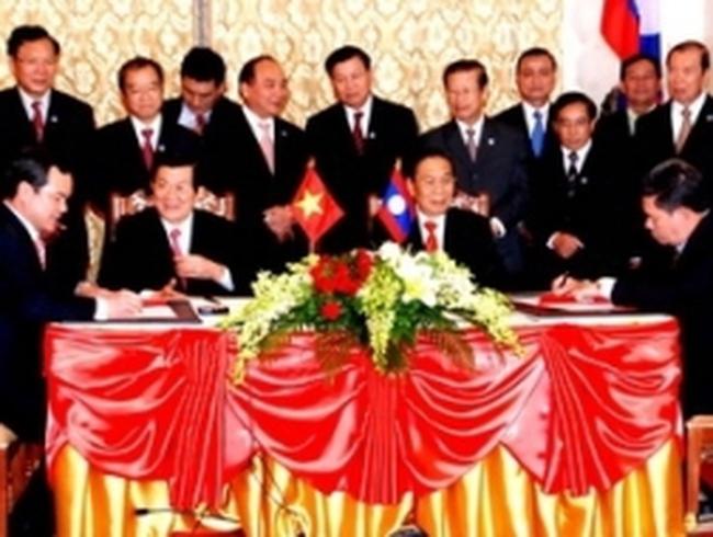 Việt Nam đầu tư 450 triệu USD khai thác mỏ tại Lào