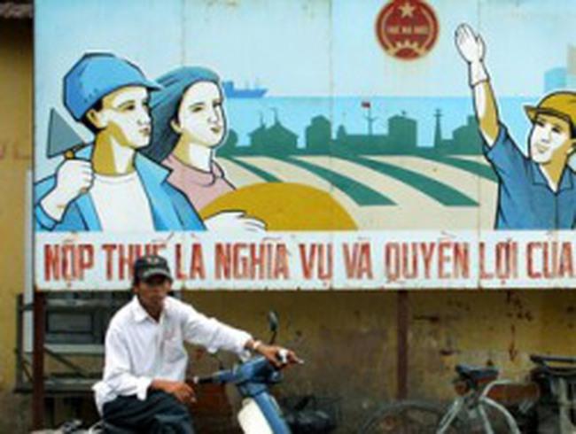 Từ 1/11, được tạm nộp thuế bằng tiền Việt Nam hoặc ngoại tệ
