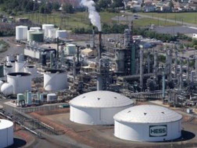 Dự án lọc dầu mọc khắp nơi: Nhiều dự án tỉ USD