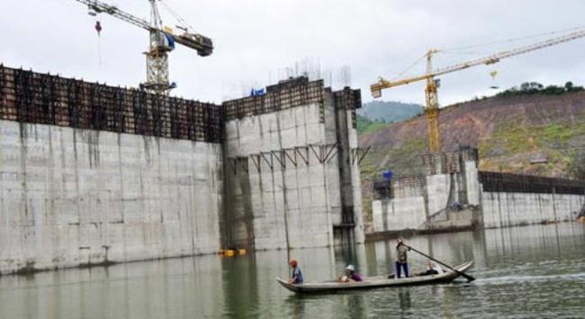 Nứt đập thủy điện ngàn tỉ
