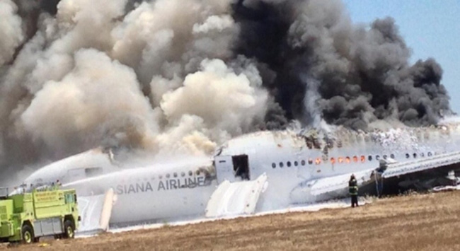 Clip máy bay Boeing nổ tung ở Nga