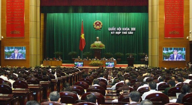 Đại biểu quốc hội thảo luận về việc thực hiện lời hứa của các Bộ trưởng