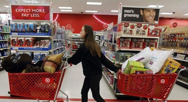 Dân Mỹ hồ hởi đi mua sắm một tuần trước Black Friday