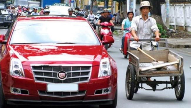Người Việt xài sang