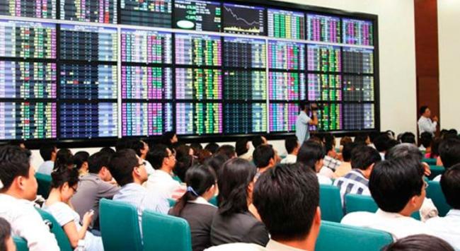 Vì sao một số cổ phiếu kinh doanh kém lại được khối ngoại mua vào?