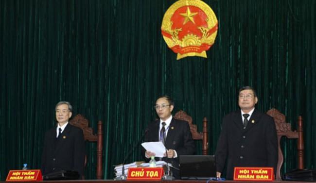 Phỏng vấn nóng chủ tọa phiên xử em trai Dương Chí Dũng
