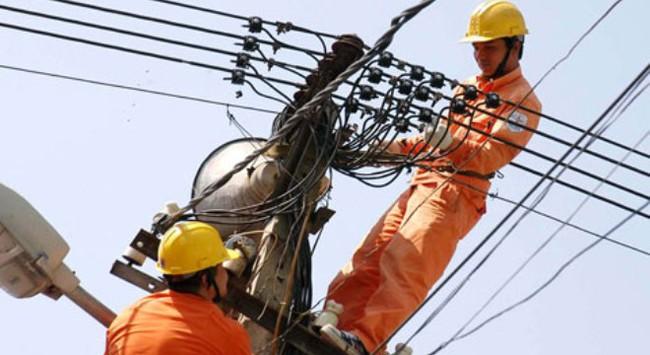 Thương cho giá điện 'không rẻ' lại gánh thêm nhiều chi phí