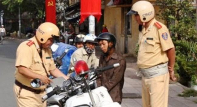 Đề xuất nộp phạt cho Cảnh sát giao thông