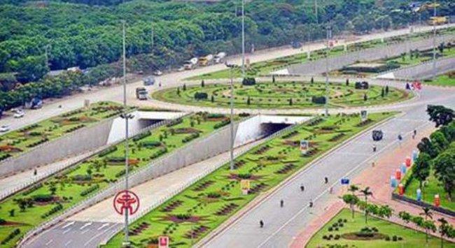 Những ý kiến xung quanh đề xuất : Thu phí sử dụng đường bộ trên đại lộ Thăng Long