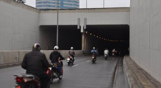 Thận trọng việc xây hầm 90 tỷ qua đê sông Hồng